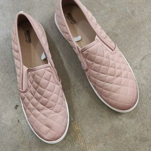 Mossimo Quilted Slip On Sneakers